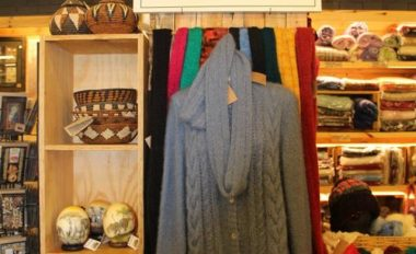 Clothing from hand-spun yarn